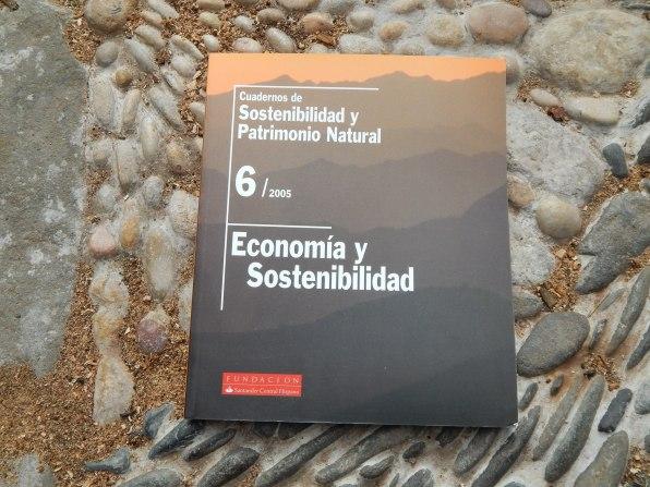 Cuadernos de sostenibilidad y Patrimonio Natural - Economia y Sostenibilidad